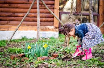 Enjoy National Children's Gardening Week